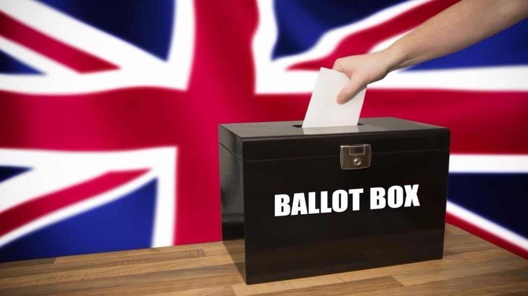 9华裔将角逐英国大选 多名侨领吁华人选民投票