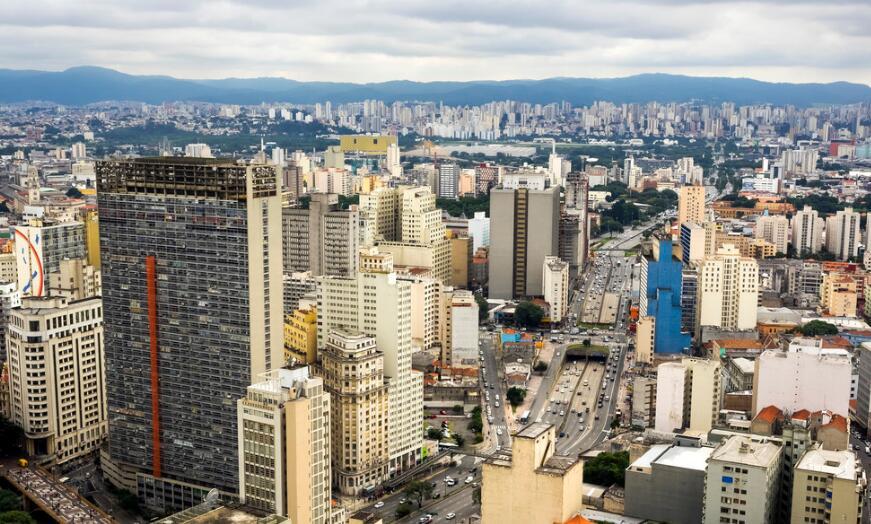 第一届拉美华人青年论坛在巴西圣保罗举行