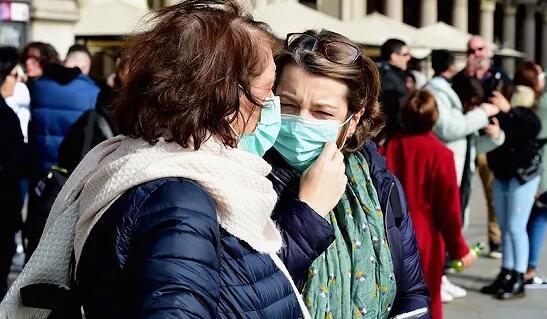 境外新增病例超国内 中国首现输入型病例