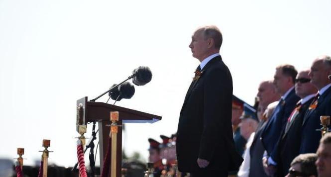俄修宪草案网上投票阶段结束 普京强调修宪只有民众同意才生效