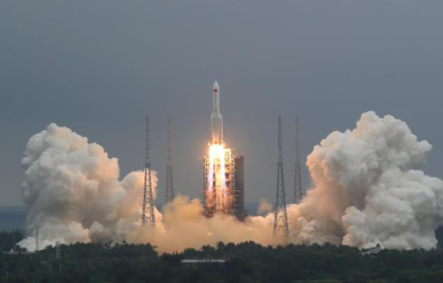 天和核心舱成功发射 中国空间站建造全面开启