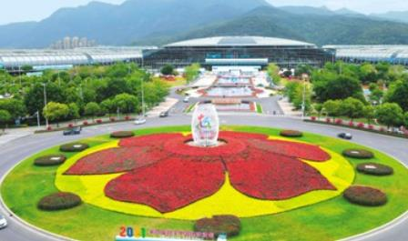创新赛道上,中国企业加速跑  小小镜头不简单 智能工厂有奥妙