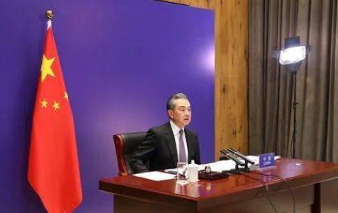 王毅主持联合国安理会巴以冲突问题紧急公开会