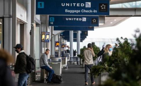 美国放宽对110多个国家和地区的旅行建议