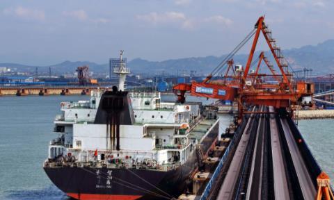 上半年全国港口外贸货物吞吐量235720万吨 同比增9.2%