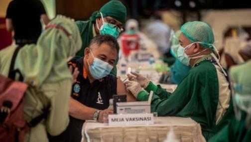 疫情反复 详解多国疫苗接种的最新政策