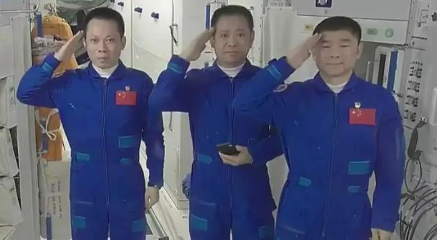 神舟十二号飞船将于9月17日返回地球