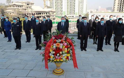 中国驻朝使馆祭扫友谊塔 纪念中国人民志愿军抗美援朝出国作战71周年